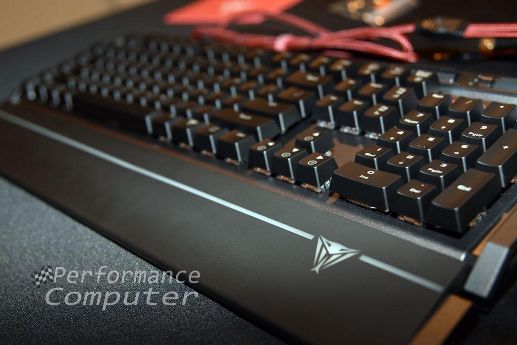 patriot viper v770 gaming mechanical rgb keyboard